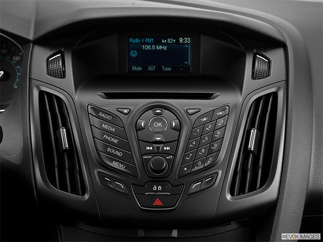 can you replace the stereo in the 2014 ford focus s with. Black Bedroom Furniture Sets. Home Design Ideas