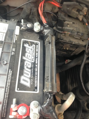 Ram Painless Battery Isolator further D Alternator Wiring G Alt Wiring besides Fuse Box F Under Hood Appl as well  additionally Image C Be D C A D Bdc. on 2003 ford f 150 fusible link